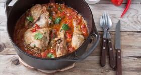 Pikantní kuře s chilli a paprikou