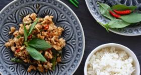 Restované kuře s thajskou bazalkou