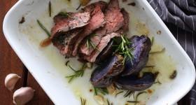 Flank steak s rozmarýnovým bramborem