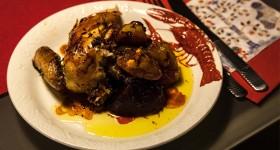 Kuře pečené v javorovém sirupu s kořenovou zeleninou