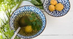 Zeleninový vývar s mrkvovými knedlíčky