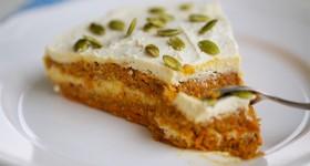 Raw mrkvový dort s citronovým krémem