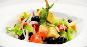 Italský salát Panzanella s Foccaciou podle Ondřeje