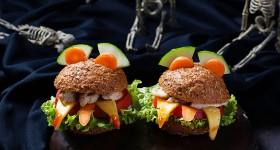 Strašidelné burgery s kuřecím masem